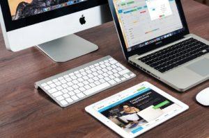 macbook-606763_960_720
